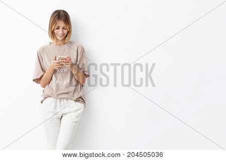 Teenge Girl Going To University, Holds Mobile Phone, Being Glad To Recieve Message From Boyfriend, L