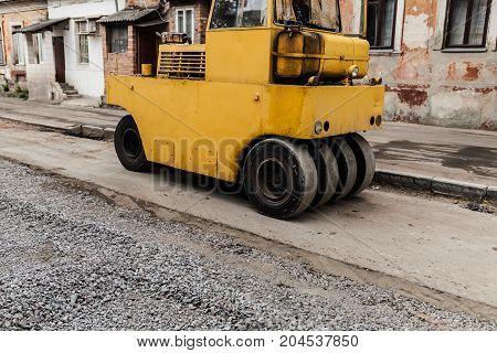 Roller Engineering Vehicle Compact Soil, Gravel, Concrete Or Asphalt During Road Works