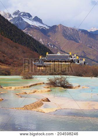 Huanglong Valley , Jiuzhaigou National Park, Sichuan, China