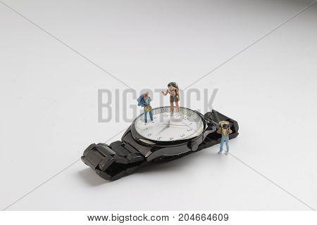 Min Figure Man Figure Standing On Watch