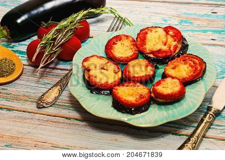 Grilled Eggplants With Tomatoes And Cheese