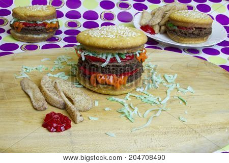 Dessert Imposter Hamburger And Cheeseburgers With Fries