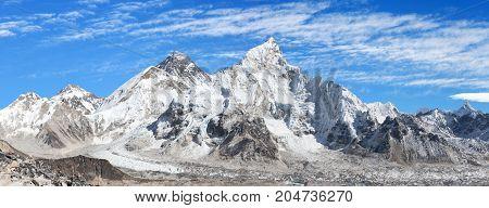 Panoramic view of himalayas mountains Mount Everest with beautiful sky and Khumbu Glacier - way to Everest base camp Khumbu valley Sagarmatha national park Nepalese himalayas