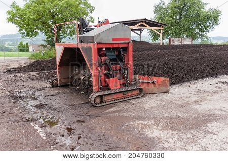 Industrial compost aerator machinery middle size for small business