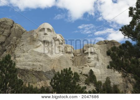 Mount Rushmore National Monument 10