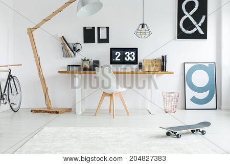 White Hipster Room With Skateboard