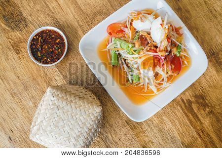 papaya salad som tum thai traditional food