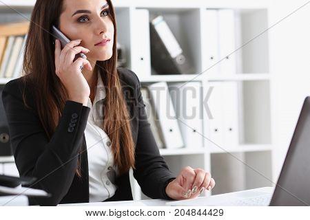 Beautiful Brunett Smiling Businesswoman Talk Cellphone