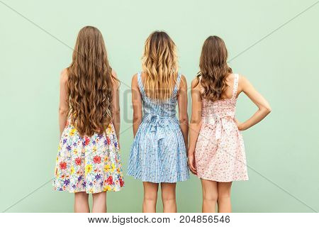 Comparison Hairstyle With Three Woman.