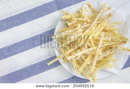 fried taro chips with sugar Taro snacks