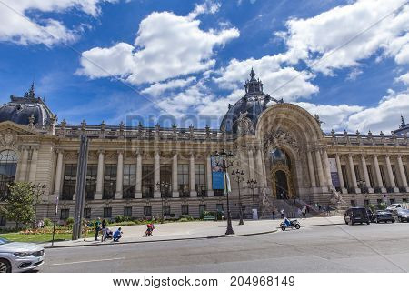Petit Palais In Paris