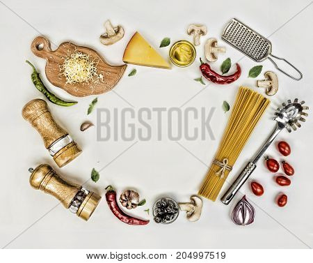 Fettuccine And Spaghetti