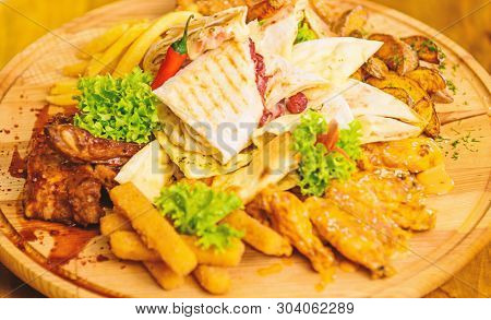Pub Menu Snack. Meat Snack For Group Friends. Tasty Delicious Snacks. Restaurant Food. Snack For Bee