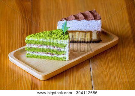 Matcha Green Tea Sponge Cake And Chocolate Cake.