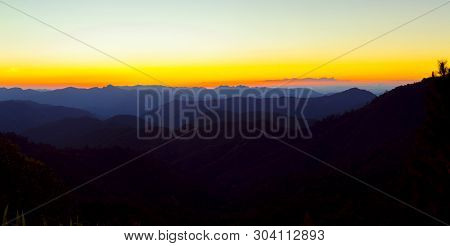 Trip To The Highest Mountain Of Pai -sunset Mountain View Panorama In Doi Mieng Viewpoint  Pai Mae H