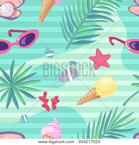 Summer Holiday Items Seamless Pattern. Summer Beach Seamless Pattern Flat Cartoon Sea Icons Things T