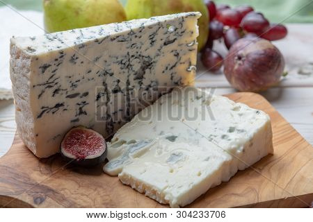 Gorgonzola Picant And Dolce Italian Blue Cheese, Made From Unskimmed Cow's Milk In North Of Italy