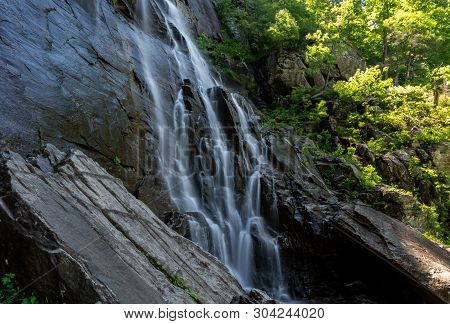 The 404 Foot Hickory Nut Falls In Chimney Rock State Park In North Carolina.