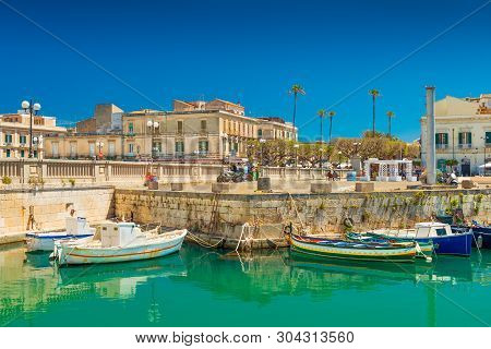 Syracuse - April 2019, Italy: Cityscape Of Syracuse And A Small Island Ortygia, Historical Part Of T