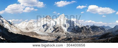 Panoramic View Of Himalayas Mountains, Mount Everest And Khumbu Glacier From Kala Patthar - Way To E