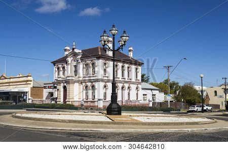 Glen Innes, Australia - April 12, 2019: View Of The Magnificent 1890 Building, Built In Italianate S