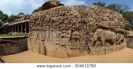 Arjuna's Penance ( Descent Of The Ganges ) A Large Rock Relief Carving In Mahabalipuram, Tamil Nadu,