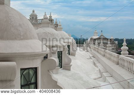 Leon, Nicaragua, September 2014: White Painted Domes And Rooftop Of Leon Cathedral Of The Assumption