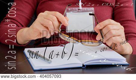 21st Century Teacher,  Concept  Online Learning  - Algebra And Geometry, Formulas , Female Hand Hold