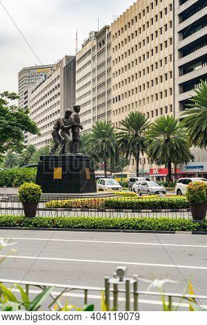 Makati, Metro Manila, Philippines - August 2018: Vertical Photo Of Ayala Avenue And Makati Avenue In