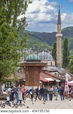 Sarajevo, Bosnia And Herzegovina - May 26 2019: The Sebilj Is A Ottoman-style Wooden Fountain (sebil