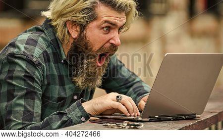 Surfing Internet. Modern Communication. Risky Shopping. Stock Trader. Online Business. Online Entrep