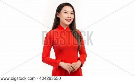Vietnamese Women Wearing Traditional Costumes Ao Dai