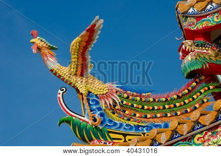 swan statue in chinese style