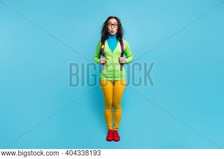 Full Size Photo Of Surprised Shocked Young Schoolgirl Wear Backpack Unexpected News Isolated On Shin