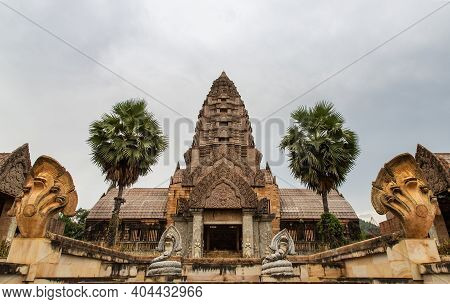 Facade Of Old Ruined Abandoned Mansion View. A Historic Mansion Inspired By The Cambodian Of Angkor