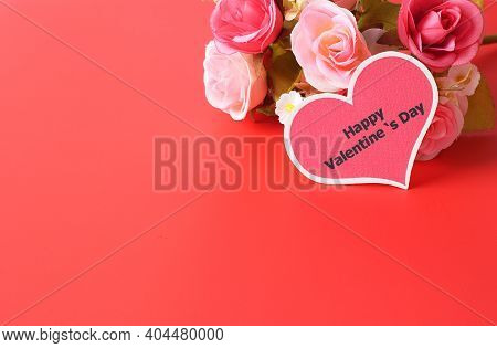 Happy Valentine's Day - Heart Tag And Beautiful Rose