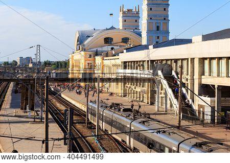 Kharkiv, Ukraine - May 11, 2018: Railway Station In Kharkiv, Ukraine. It Is One Of The Most Importan