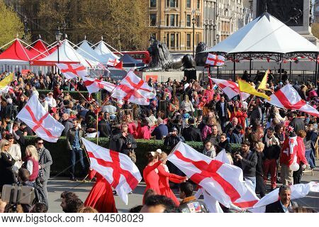 London, Uk - April 23, 2016: People Visit Trafalgar Square For Saint George's Day In London, Uk. Sai