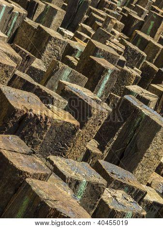 Diagonal wood pile pattern