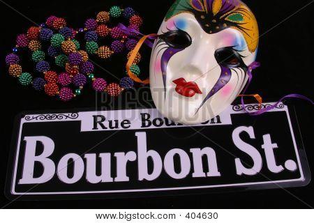 Single Mask & Beads On Bourbon Street