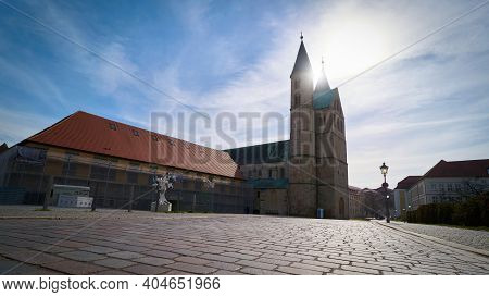 Magdeburg, Germany - March 08, 2020: Kloster Unser Lieben Frauen In The Old Town Of Magdeburg In Bac