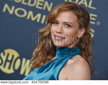 LOS ANGELES - JAN 05:  Actress Joy Lenz arrives for Showtime Golden Globe Nominee Celebration Premiere on January 05, 2019 in West Hollywood, CA