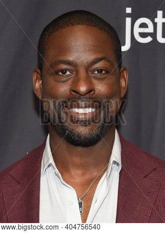 LOS ANGELES - MAR 24:  Sterling K. Brown arrives for PaleyFest 2019 - This Is Us on March 24, 2019 in Hollywood, CA