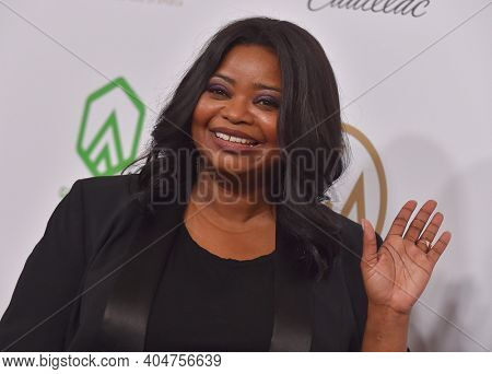 LOS ANGELES - JAN 19:  Producer Octavia Spencer arrives for the 30th Annual Producers Guild Awards on January 19, 2019 in Beverly Hills, CA