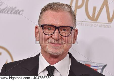 LOS ANGELES - JAN 19:  Producer Warren Littlefield arrives for the 30th Annual Producers Guild Awards on January 19, 2019 in Beverly Hills, CA