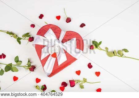 Gift Bogift Box Shape Of A Heart With Bow Isolated On White Background With Red Roses And Decorative