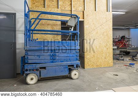 Architecture, Assembly, Background, Business, Ceiling, Construction, Creation, Delivery, Distributio
