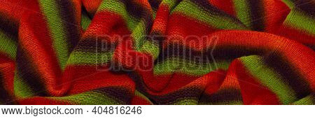 Large Handmade Merino Wool Blanket, Super Chunky Yarn, Fashion Concept. Close-up Of A Knitted Design