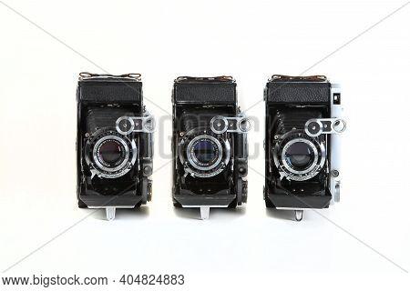 Old Soviet Medium Format Rangefinder Film Cameras Moskva-2, Moskva-4 And Moskva-5, Released 1953, 19