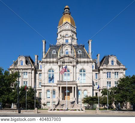 The Vigo County Court House, In The City Of Terre Haute, Indiana, Usa